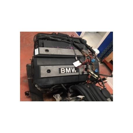 Motor BMW 325 i E46 256S4